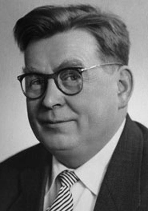 Василий Павлович Соловьёв-Седой родился 25