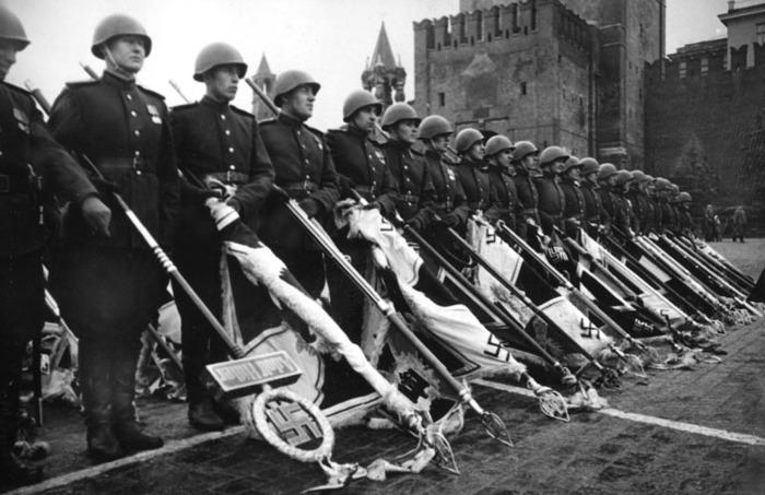 Какую часть своих сил Германия бросила против нас в 1-ю и во 2-ю Мировые войны? СРАВНЕНИЕ