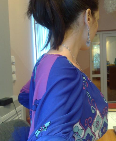 красивое фото брюнетки со спины