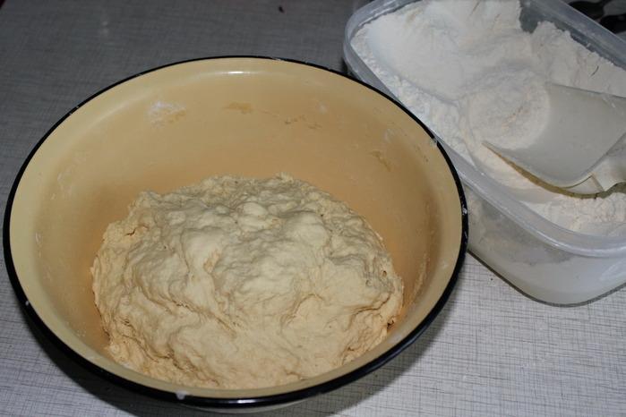 Рецепт теста для пирожков на соде и кефире