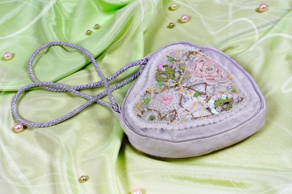сумочки для девочек крючком. вязать сумки для девочек крючком(