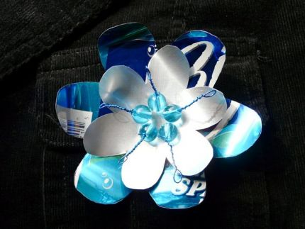 Цветы из жестяных банок мастер класс
