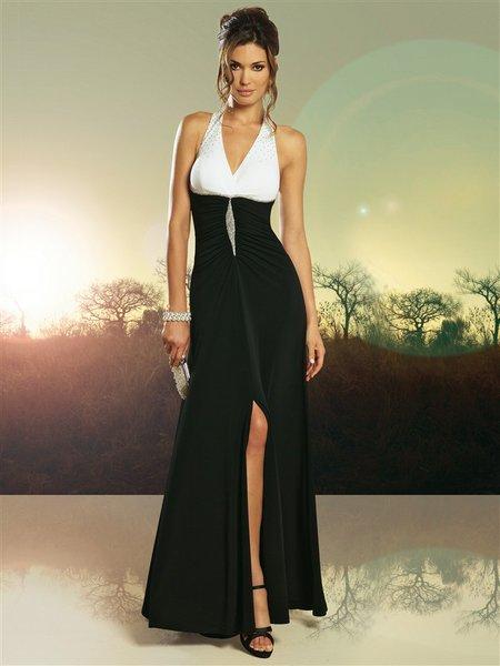Вечернее платье 66 размера.
