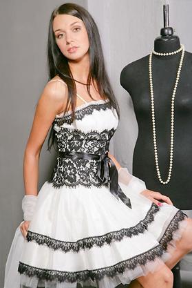 По-моему платье должно оставаться платьем или красивым нарядом, а не...