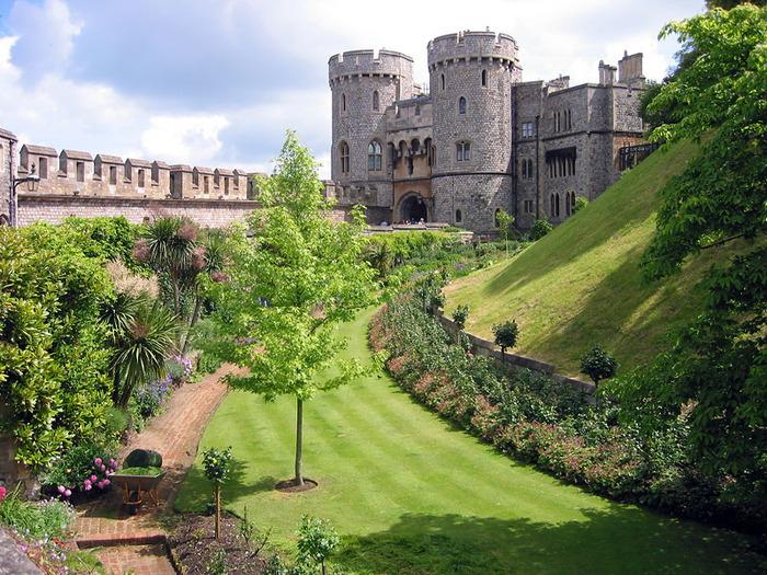 Туристические власти Великобритании озадачены тем, что внимание туристов сконцентрировано на столице.