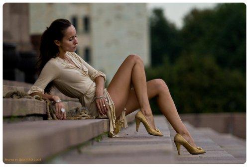 между ног фото красивых девушек