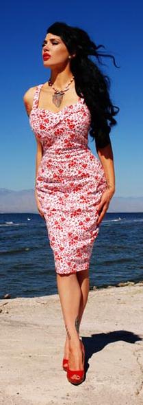 Модные тенденции современных платьев в стиле ретро - ассиметричная...
