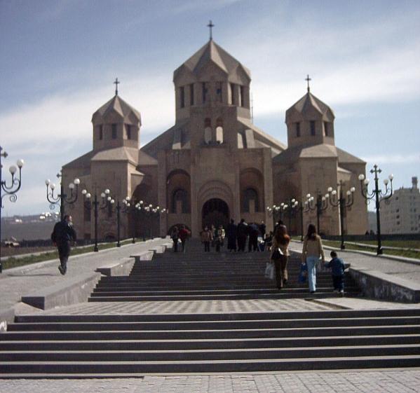 Дешевые авиабилеты в Армению от 3925 рублей, скидки