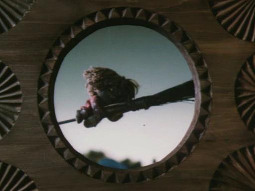 Кадры из мультфильма домовенок кузя
