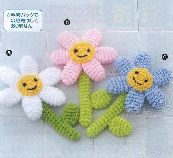 Вяжем цветы игрушки крючком 2