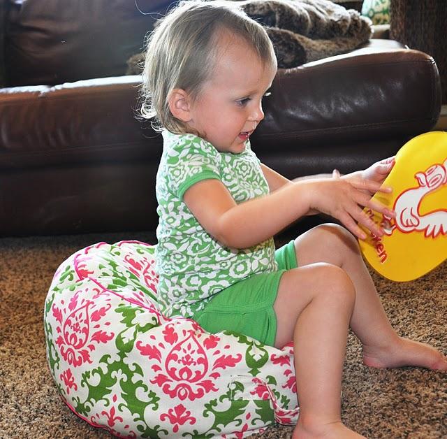 манишка детская спицами схема вязания.