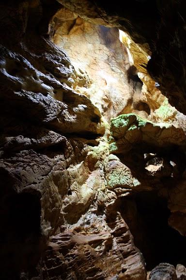 Медведь Пещера в селе Chiscau - Румыния - Bears' Cave, Chiscau, Romania, 17616