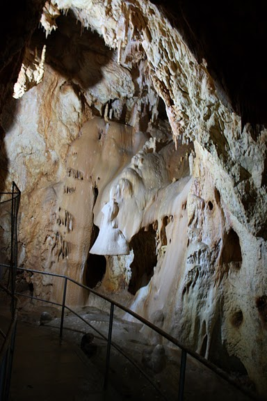 Медведь Пещера в селе Chiscau - Румыния - Bears' Cave, Chiscau, Romania, 20277