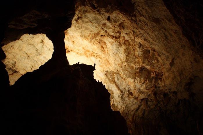 Медведь Пещера в селе Chiscau - Румыния - Bears' Cave, Chiscau, Romania, 24801