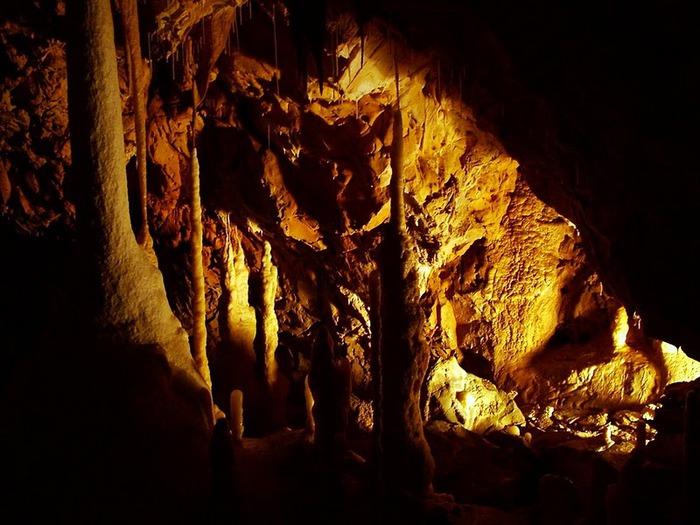 Медведь Пещера в селе Chiscau - Румыния - Bears' Cave, Chiscau, Romania, 51552
