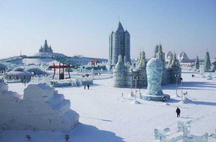 фестиваль ледяных скульптур харбина 19 (700x461, 184Kb)