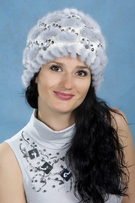 Вязаные шапки женские из меха