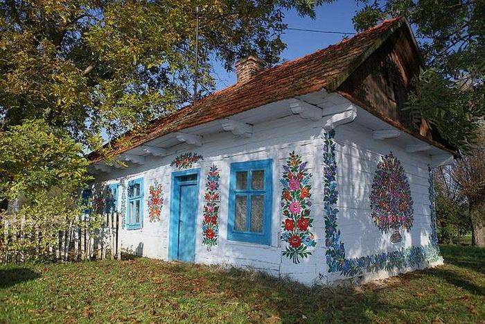 Zalipie-painted-village-4 (700x467, 215Kb)