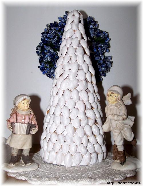рождественский венок из грецких орехов (10) (500x650, 209Kb)