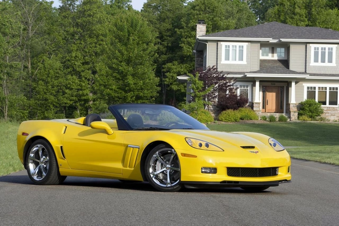 2.0 Chevrolet Corvette Grand (700x467, 274Kb)