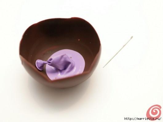 Шоколадные вазочки для мусса из белого шоколада. Праздничный десерт (5) (530x398, 51Kb)
