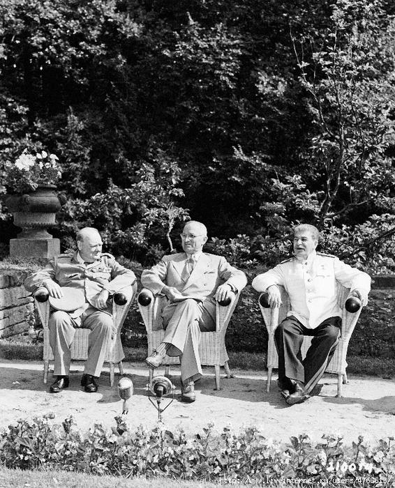 сталин 4 Черчиль, Рузвельт и Сталин в Ливадии 80 (566x700, 402Kb)