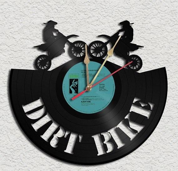 часы из виниловой пластинки (21) (570x548, 171Kb)