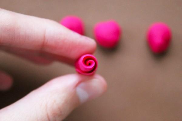 Розы из полимерной глины. СЕРДЦЕ ИЗ РОЗ (5) (600x400, 84Kb)