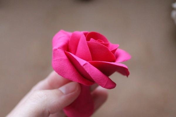 Розы из полимерной глины. СЕРДЦЕ ИЗ РОЗ (22) (600x400, 82Kb)