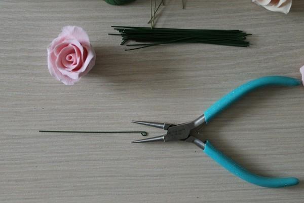 Розы из полимерной глины. СЕРДЦЕ ИЗ РОЗ (33) (600x400, 109Kb)