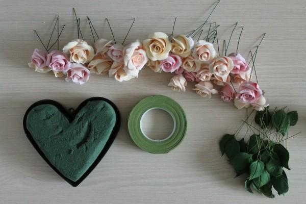 Розы из полимерной глины. СЕРДЦЕ ИЗ РОЗ (37) (600x400, 126Kb)