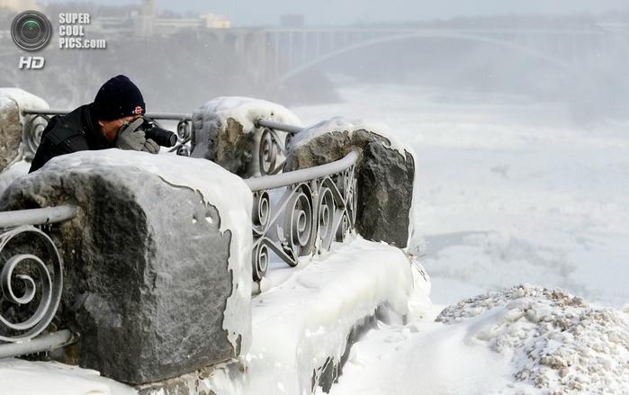 замерзший ниагарский водопад фото 4 (700x439, 203Kb)