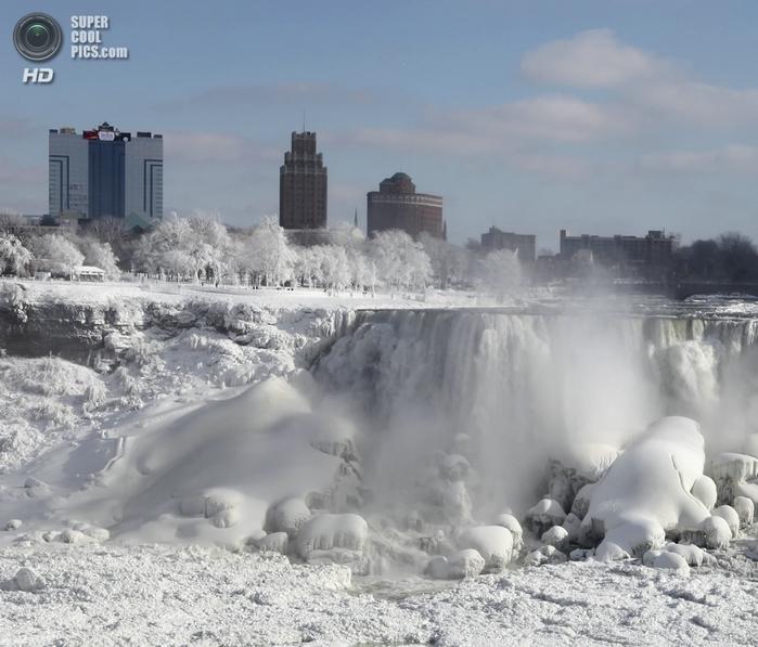 замерзший ниагарский водопад фото 10 (700x597, 256Kb)