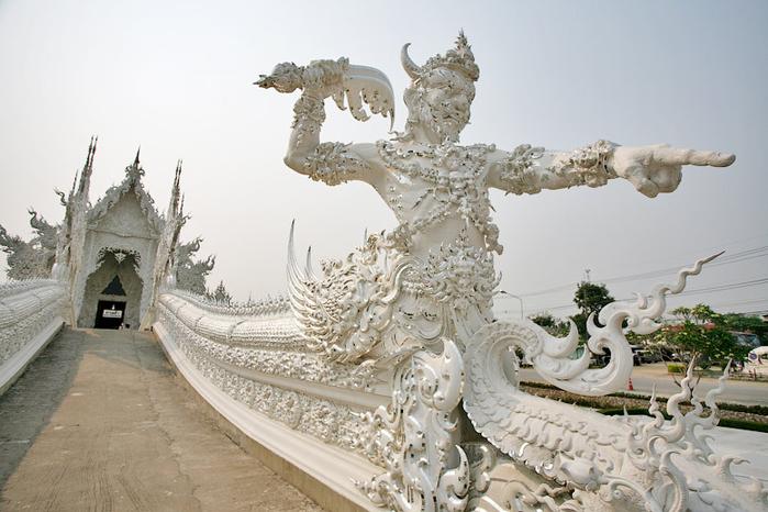 белый храм таиланд фото 9 (700x466, 323Kb)