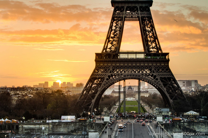 4276504_tour_eiffel_3 (700x466, 215Kb)