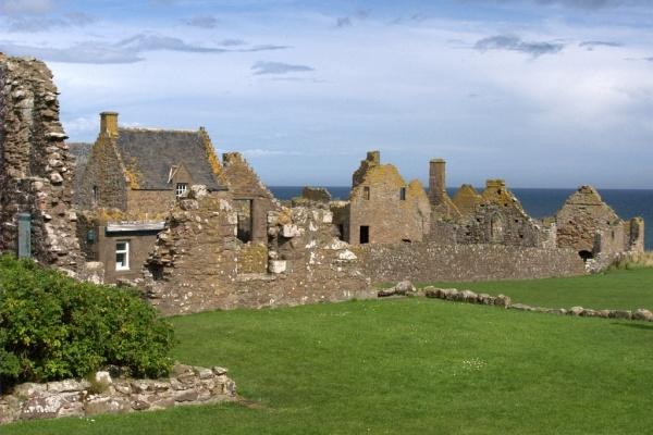 шотландский замок данноттар 2 (600x400, 186Kb)