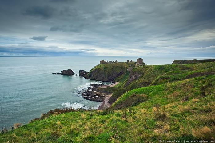 шотландский замок данноттар 10 (700x466, 244Kb)