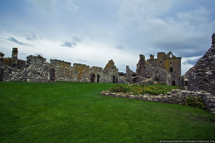 шотландский замок данноттар 11 (700x466, 236Kb)