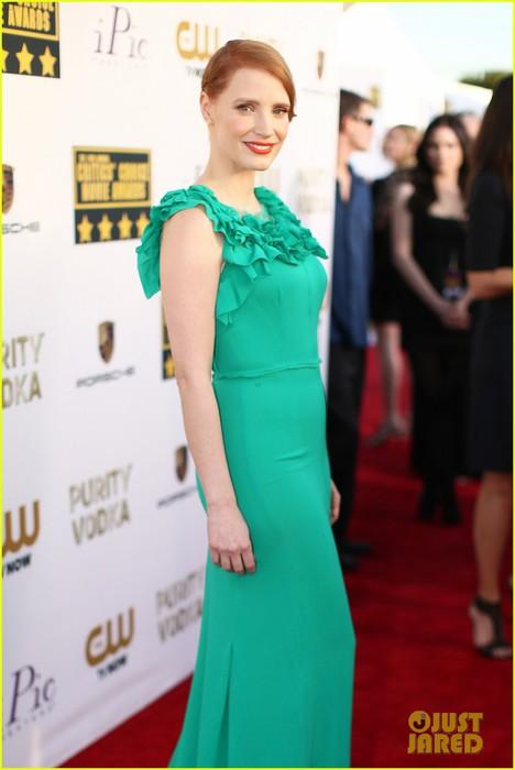 jessica-chastain-critics-choice-movie-awards-2014-red-carpet-08 (468x700, 55Kb)