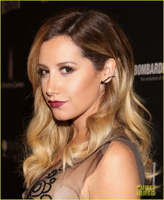 ashley-tisdale-nikki-reed-golden-globes-after-parties-2014-09 (575x700, 113Kb)