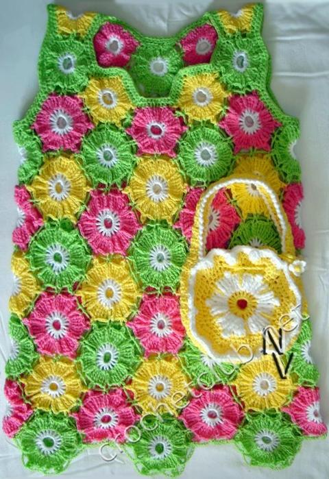 платье из цветочных мотивов (1) (480x700, 316Kb)