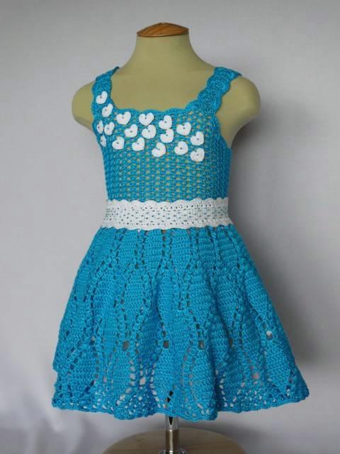 платье сердечками 1 (480x640, 106Kb)