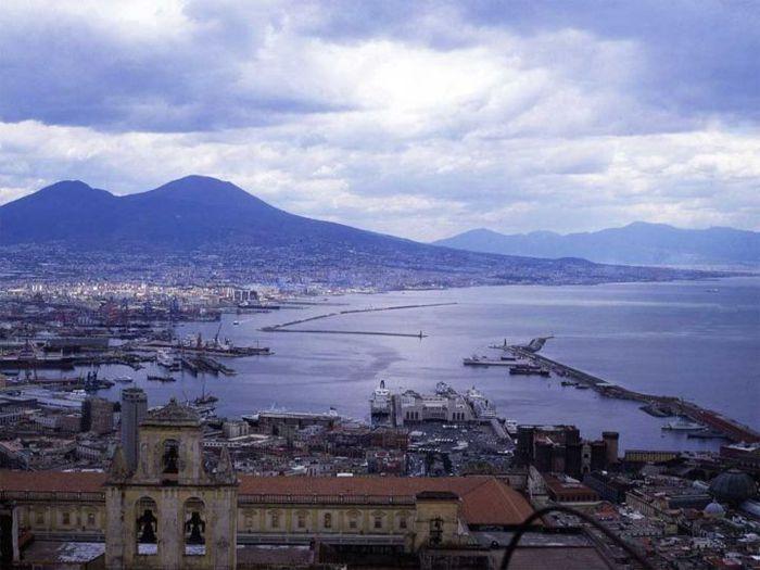 Неаполь (700x525, 57Kb)
