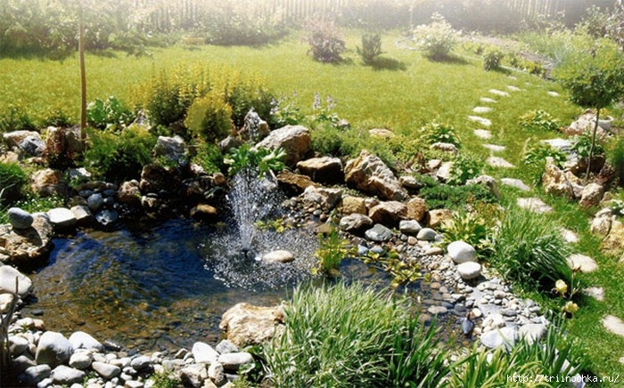 Красивый и уютный сад! Фонтаны и водоемы для дачи!