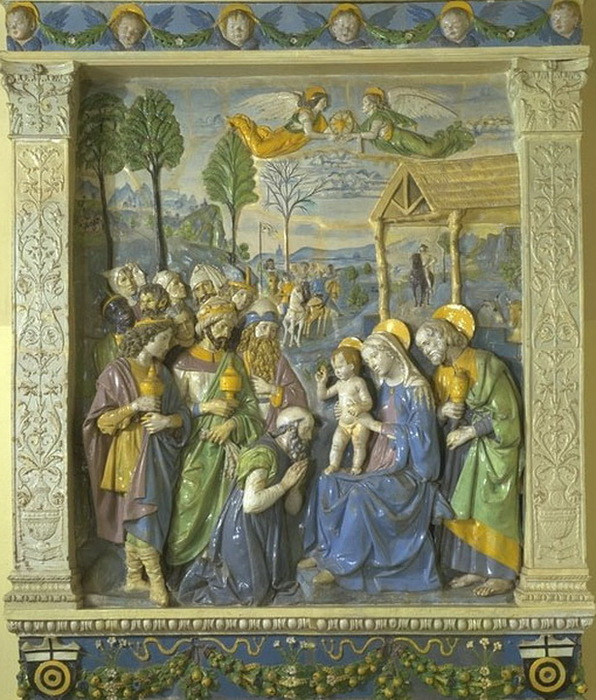 Andrea_della_Robbia,_The_Adoration_of_the_Magi_altarpiece_(c._1500–1510),_Victoria_and_Albert_Museum,_London (596x700, 173Kb)