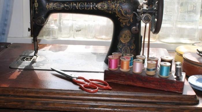Пять заблуждений при выборе швейной машины (7) (700x388, 164Kb)