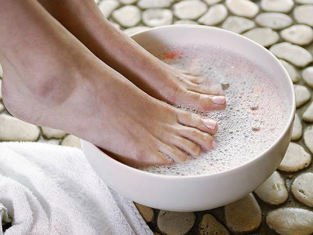 pedicure (640x480, 58Kb)