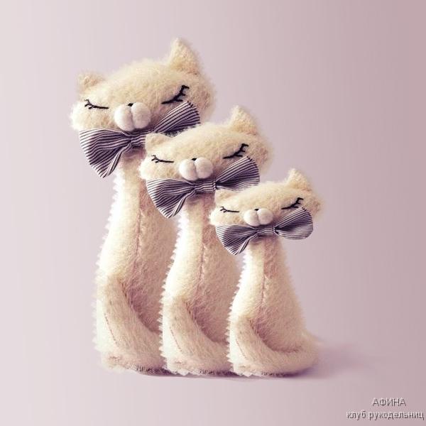3-белых-кошки-. (600x600, 136Kb)