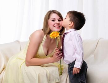 Мама - главное слово в каждой судьбе (2) (350x270, 65Kb)