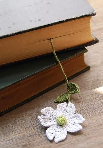 Закладки для книжки из цветочков крючком. Схемы цветов (34) (358x513, 96Kb)